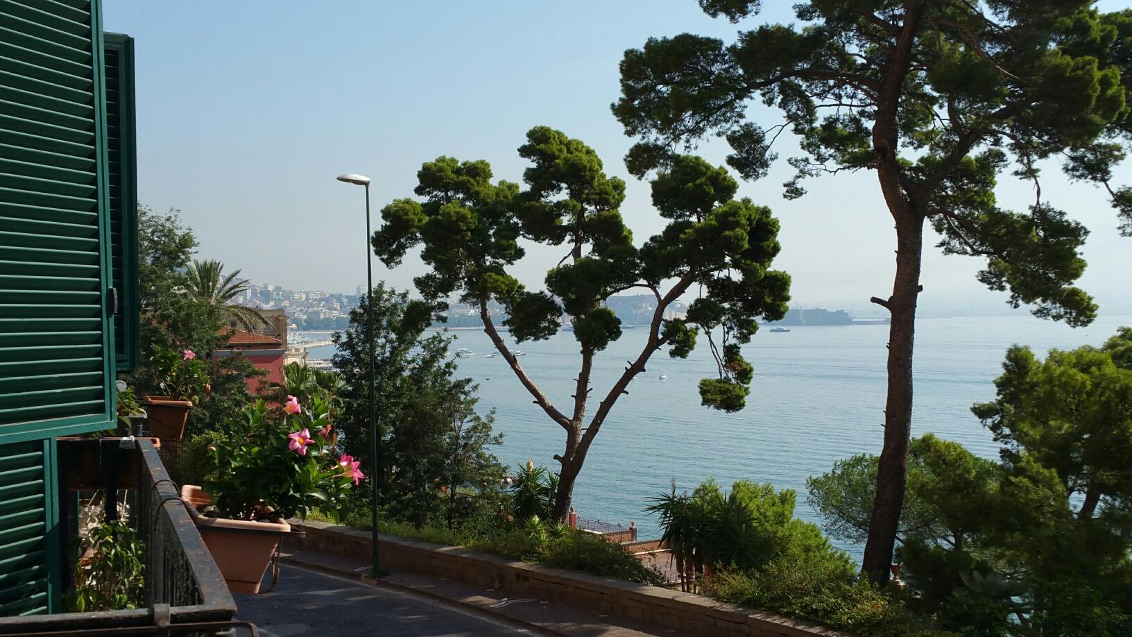 Via Posillipo appartamento panoramico Napoli